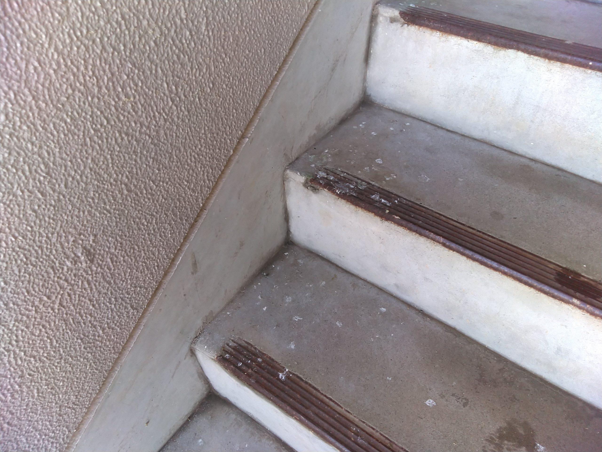 千葉県柏市K様ハトの糞被害 :施工前