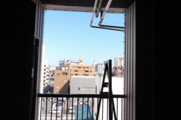 千葉県松戸市のビルのハト駆除